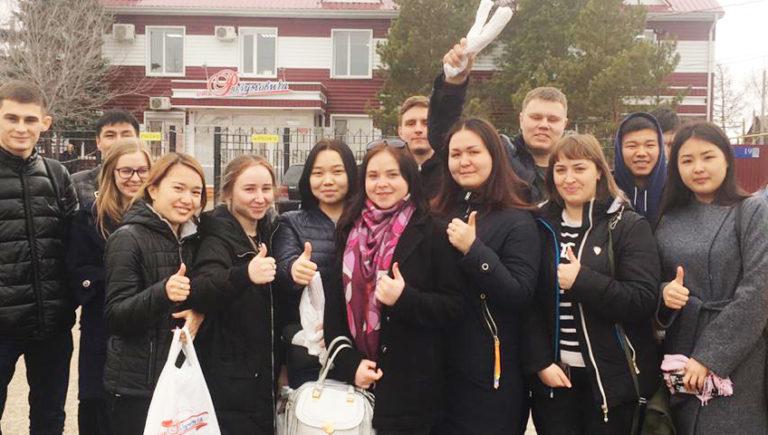 Студенты КИНЭУ им. М.Дулатова.